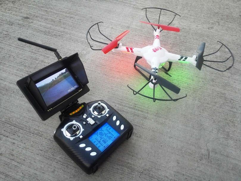 Как подключить квадрокоптер к телефону? Подключение камеры через Wi-Fi. Как управлять дроном со смартфона?